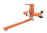 7166P Cмеситель для ванны с длин.изливом 300мм. Дивертов в корпусе. Оранжевый. Accoona